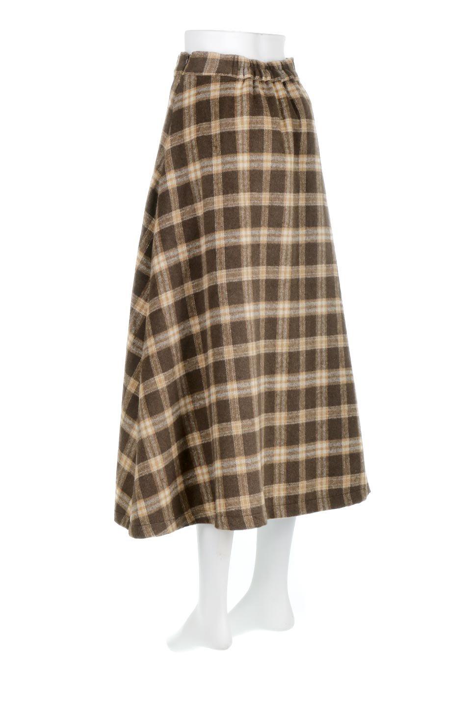 CheckPatternedA-LineLongSkirtAライン・チェックロングスカート大人カジュアルに最適な海外ファッションのothers(その他インポートアイテム)のボトムやスカート。合わせやすさ抜群のチェック柄ロングスカート。表面が起毛した温もりのある生地を使用した季節感のあるスカート。/main-13