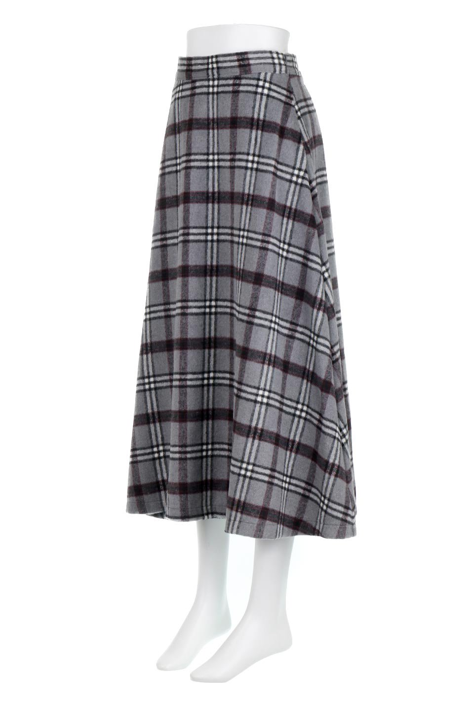 CheckPatternedA-LineLongSkirtAライン・チェックロングスカート大人カジュアルに最適な海外ファッションのothers(その他インポートアイテム)のボトムやスカート。合わせやすさ抜群のチェック柄ロングスカート。表面が起毛した温もりのある生地を使用した季節感のあるスカート。/main-16