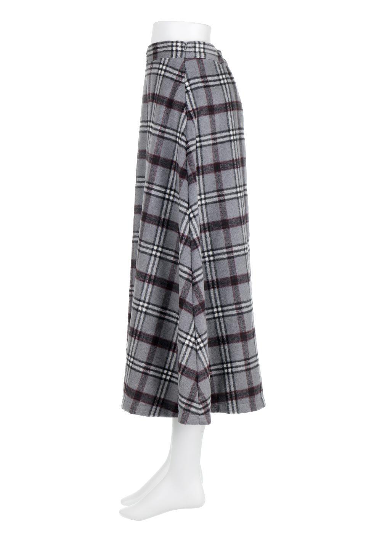 CheckPatternedA-LineLongSkirtAライン・チェックロングスカート大人カジュアルに最適な海外ファッションのothers(その他インポートアイテム)のボトムやスカート。合わせやすさ抜群のチェック柄ロングスカート。表面が起毛した温もりのある生地を使用した季節感のあるスカート。/main-17