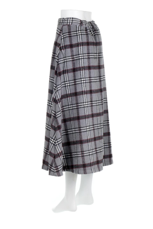 CheckPatternedA-LineLongSkirtAライン・チェックロングスカート大人カジュアルに最適な海外ファッションのothers(その他インポートアイテム)のボトムやスカート。合わせやすさ抜群のチェック柄ロングスカート。表面が起毛した温もりのある生地を使用した季節感のあるスカート。/main-18