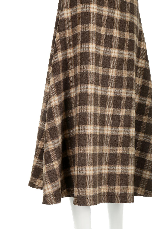 CheckPatternedA-LineLongSkirtAライン・チェックロングスカート大人カジュアルに最適な海外ファッションのothers(その他インポートアイテム)のボトムやスカート。合わせやすさ抜群のチェック柄ロングスカート。表面が起毛した温もりのある生地を使用した季節感のあるスカート。/main-20