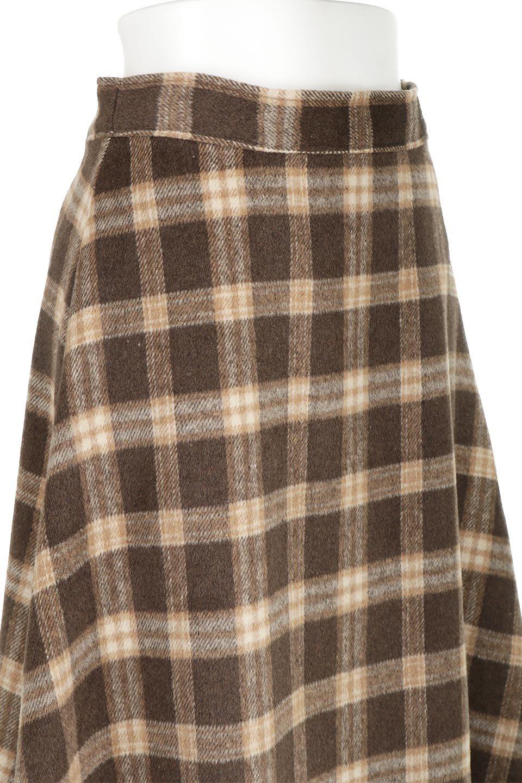 CheckPatternedA-LineLongSkirtAライン・チェックロングスカート大人カジュアルに最適な海外ファッションのothers(その他インポートアイテム)のボトムやスカート。合わせやすさ抜群のチェック柄ロングスカート。表面が起毛した温もりのある生地を使用した季節感のあるスカート。/main-22
