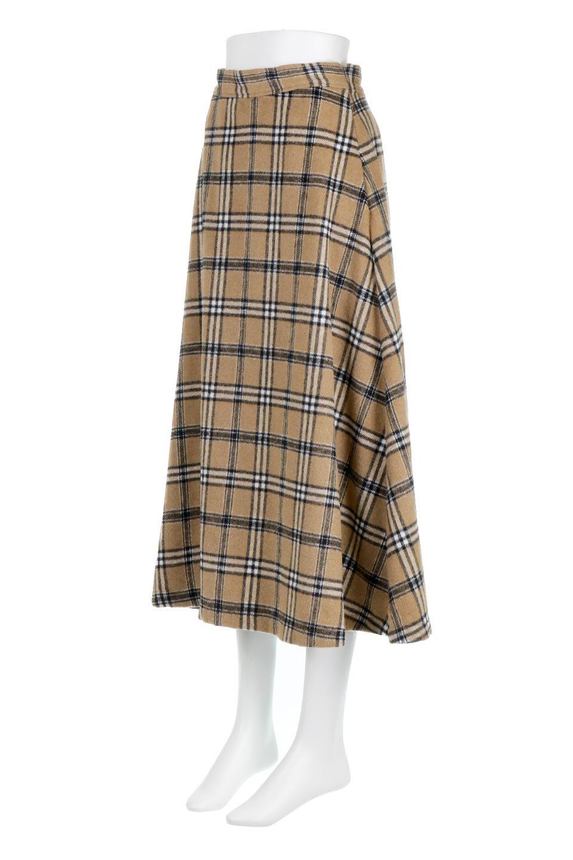 CheckPatternedA-LineLongSkirtAライン・チェックロングスカート大人カジュアルに最適な海外ファッションのothers(その他インポートアイテム)のボトムやスカート。合わせやすさ抜群のチェック柄ロングスカート。表面が起毛した温もりのある生地を使用した季節感のあるスカート。/main-6