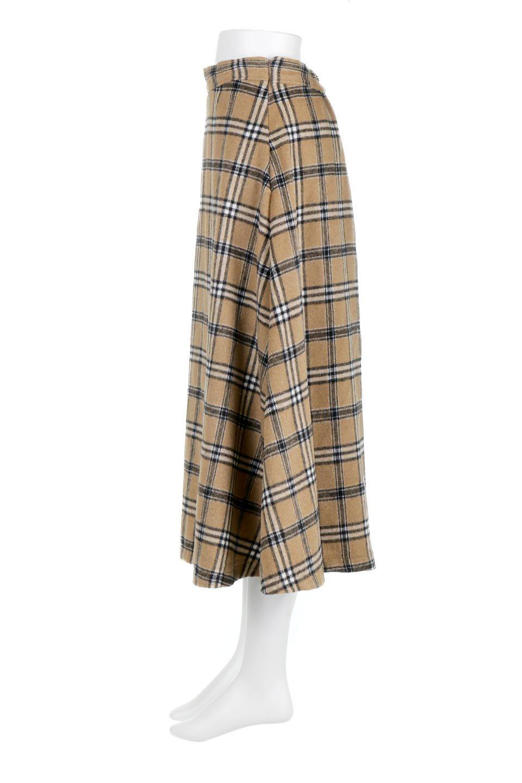 CheckPatternedA-LineLongSkirtAライン・チェックロングスカート大人カジュアルに最適な海外ファッションのothers(その他インポートアイテム)のボトムやスカート。合わせやすさ抜群のチェック柄ロングスカート。表面が起毛した温もりのある生地を使用した季節感のあるスカート。/main-7