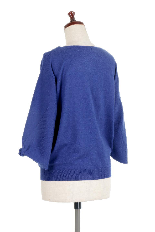 3DTwistSleeveKnitTopツイストスリーブ・ニットトップス大人カジュアルに最適な海外ファッションのothers(その他インポートアイテム)のトップスやニット・セーター。ねじれた袖とモチッと柔か質感が特徴のニットプルオーバー。レーヨン混の糸はチクチクする事無く肌触り◎空きすぎないボートネックの抜け感が上品です。/main-13