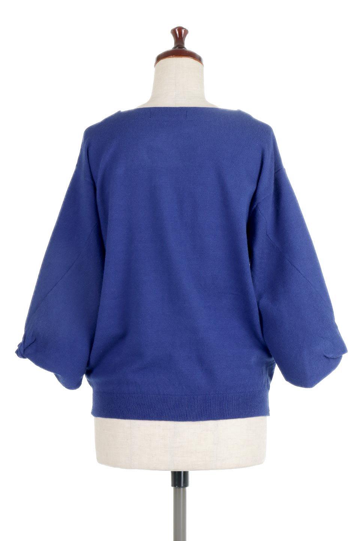 3DTwistSleeveKnitTopツイストスリーブ・ニットトップス大人カジュアルに最適な海外ファッションのothers(その他インポートアイテム)のトップスやニット・セーター。ねじれた袖とモチッと柔か質感が特徴のニットプルオーバー。レーヨン混の糸はチクチクする事無く肌触り◎空きすぎないボートネックの抜け感が上品です。/main-14