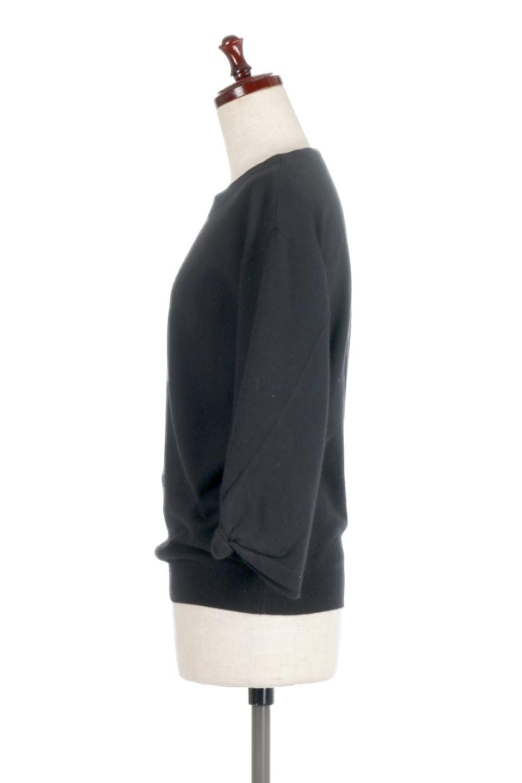 3DTwistSleeveKnitTopツイストスリーブ・ニットトップス大人カジュアルに最適な海外ファッションのothers(その他インポートアイテム)のトップスやニット・セーター。ねじれた袖とモチッと柔か質感が特徴のニットプルオーバー。レーヨン混の糸はチクチクする事無く肌触り◎空きすぎないボートネックの抜け感が上品です。/main-17