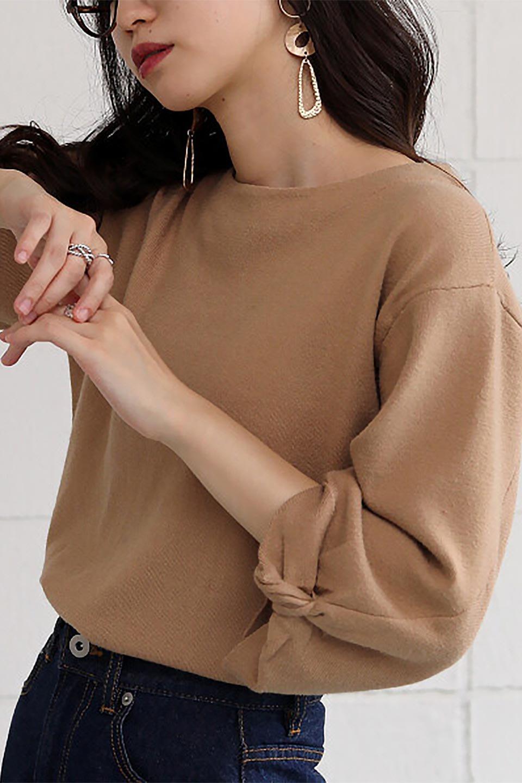 3DTwistSleeveKnitTopツイストスリーブ・ニットトップス大人カジュアルに最適な海外ファッションのothers(その他インポートアイテム)のトップスやニット・セーター。ねじれた袖とモチッと柔か質感が特徴のニットプルオーバー。レーヨン混の糸はチクチクする事無く肌触り◎空きすぎないボートネックの抜け感が上品です。/main-27