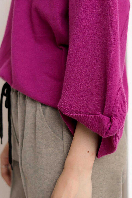 3DTwistSleeveKnitTopツイストスリーブ・ニットトップス大人カジュアルに最適な海外ファッションのothers(その他インポートアイテム)のトップスやニット・セーター。ねじれた袖とモチッと柔か質感が特徴のニットプルオーバー。レーヨン混の糸はチクチクする事無く肌触り◎空きすぎないボートネックの抜け感が上品です。/main-31