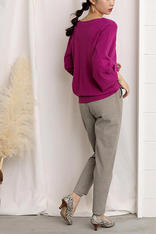 3DTwistSleeveKnitTopツイストスリーブ・ニットトップス大人カジュアルに最適な海外ファッションのothers(その他インポートアイテム)のトップスやニット・セーター。ねじれた袖とモチッと柔か質感が特徴のニットプルオーバー。レーヨン混の糸はチクチクする事無く肌触り◎空きすぎないボートネックの抜け感が上品です。/main-32