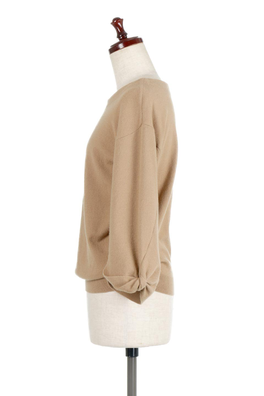 3DTwistSleeveKnitTopツイストスリーブ・ニットトップス大人カジュアルに最適な海外ファッションのothers(その他インポートアイテム)のトップスやニット・セーター。ねじれた袖とモチッと柔か質感が特徴のニットプルオーバー。レーヨン混の糸はチクチクする事無く肌触り◎空きすぎないボートネックの抜け感が上品です。/main-7