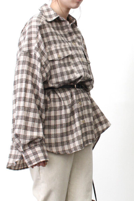 CheckPatternedFlannelBigShirtsチェック柄・ビッグネルシャツ大人カジュアルに最適な海外ファッションのothers(その他インポートアイテム)のトップスやシャツ・ブラウス。シャツジャケットとしても活躍するビッグサイズのネルシャツ。秋に嬉しい生地感とカラーリングで人気の商品です。/main-25