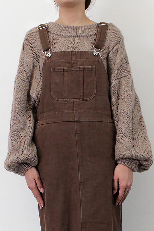 SemiTightJumperDressセミタイト・ジャンパースカート大人カジュアルに最適な海外ファッションのothers(その他インポートアイテム)のワンピースやマキシワンピース。ワークテイストのロング丈ジャンパースカート。セミタイトのシルエットでガーリーになりすぎない大人っぽいコーデが楽しめます。/main-24