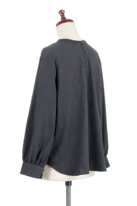 PeachFace2WayBlouseピーチフェイス加工・2Wayブラウス大人カジュアルに最適な海外ファッションのothers(その他インポートアイテム)のトップスやシャツ・ブラウス。前後どちらでも楽しめる2Wayタイプの長袖ブラウス。表面を起毛させたピーチフェイス加工で温もりのある肌触りです。/main-13