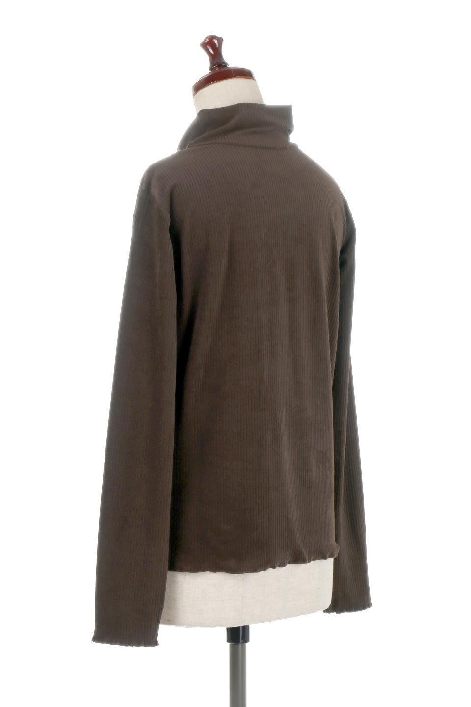 VelorRibTurtleNeckTopベロアリブ・タートルネックトップス大人カジュアルに最適な海外ファッションのothers(その他インポートアイテム)のトップスやカットソー。優しい光沢のベロアリブ素材を使用したトップス。オフタール風の緩いネックが可愛いアイテムです。/main-18