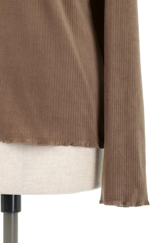 VelorRibTurtleNeckTopベロアリブ・タートルネックトップス大人カジュアルに最適な海外ファッションのothers(その他インポートアイテム)のトップスやカットソー。優しい光沢のベロアリブ素材を使用したトップス。オフタール風の緩いネックが可愛いアイテムです。/main-23