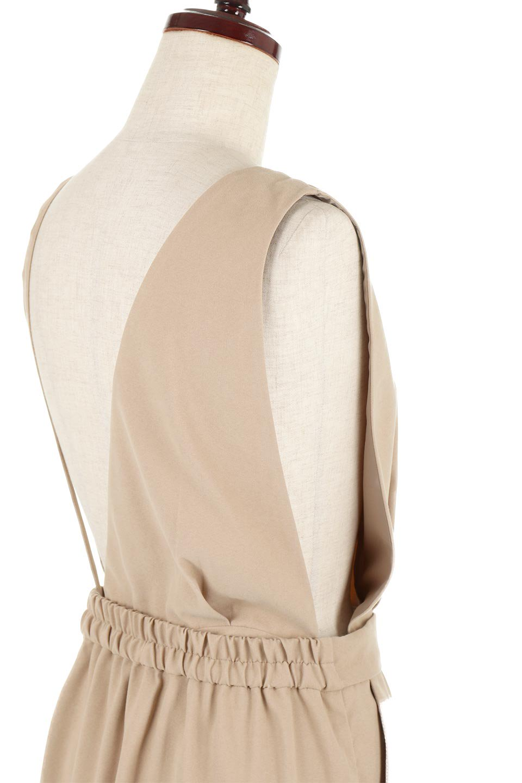 EcoSuede2WayJumperDressフェイクスウェード・2Wayジャンパースカート大人カジュアルに最適な海外ファッションのothers(その他インポートアイテム)のワンピースやマキシワンピース。エコスウェードの季節感を感じる素材を使用した2Wayジャンパースカート。上見頃を取り外してスカートとしても楽しめる嬉しいアイテム。/main-17