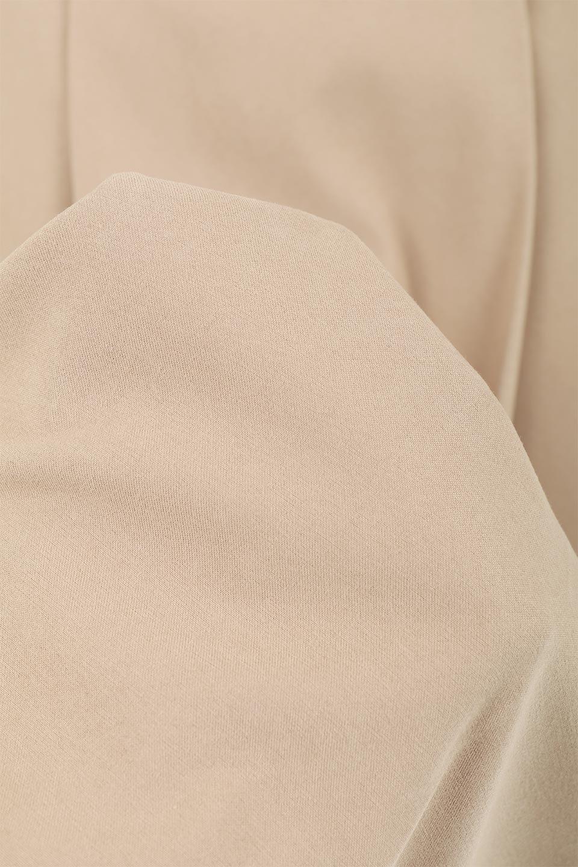 EcoSuede2WayJumperDressフェイクスウェード・2Wayジャンパースカート大人カジュアルに最適な海外ファッションのothers(その他インポートアイテム)のワンピースやマキシワンピース。エコスウェードの季節感を感じる素材を使用した2Wayジャンパースカート。上見頃を取り外してスカートとしても楽しめる嬉しいアイテム。/main-25