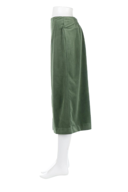 VelourSemiTightSkirtベロア生地・セミタイトスカート大人カジュアルに最適な海外ファッションのothers(その他インポートアイテム)のボトムやスカート。控えめな光沢が上品なベロアスカート。合わせやすい秋冬カラーのバリエーションで色違いで欲しくなります。/main-22