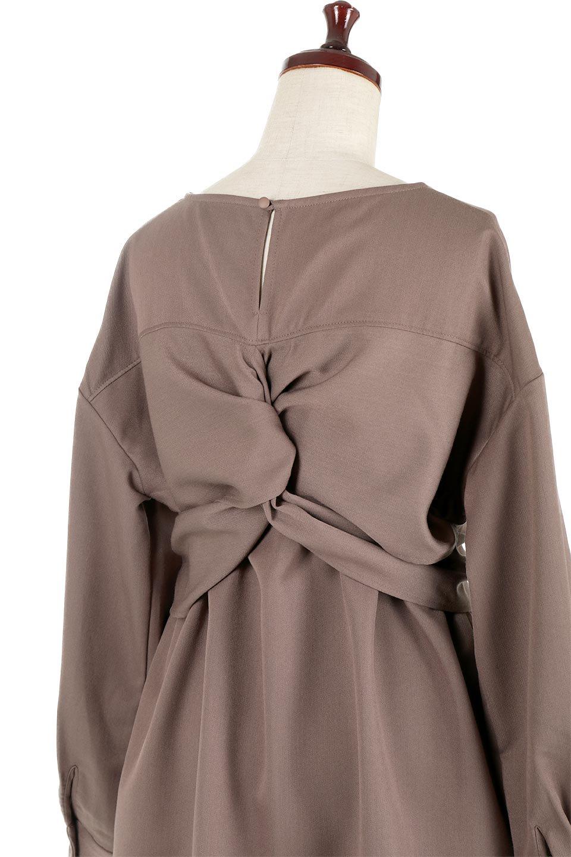WaistTiedTwistBackBlouseウエストリボン・ツイストバックブラウス大人カジュアルに最適な海外ファッションのothers(その他インポートアイテム)のトップスやカットソー。背中からのびるリボンが可愛い長袖ブラウス。フロントのリボンはもちろん、バックのネジネジも可愛いデザインです。/main-12