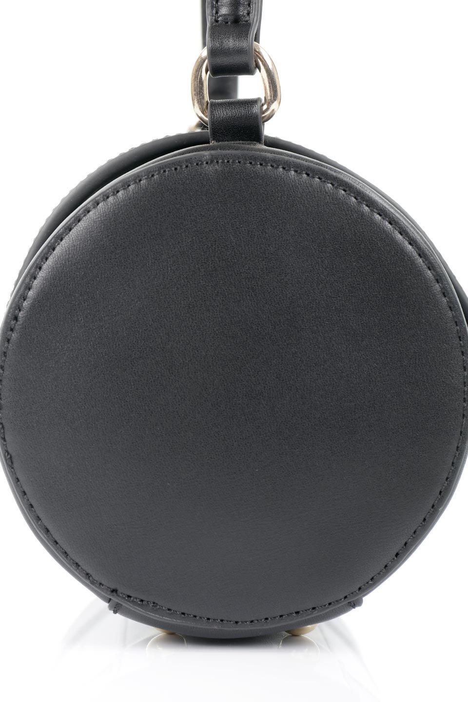 meliebiancoのBrooke(Black)ワンハンドル・筒型ミニバッグ/海外ファッション好きにオススメのインポートバッグとかばん、MelieBianco(メリービアンコ)のバッグやハンドバッグ。コロンと可愛い樽型のミニハンドバッグ。芯入りのビーガンレザーなので綺麗な筒状の形は型崩れの心配なし。/main-13