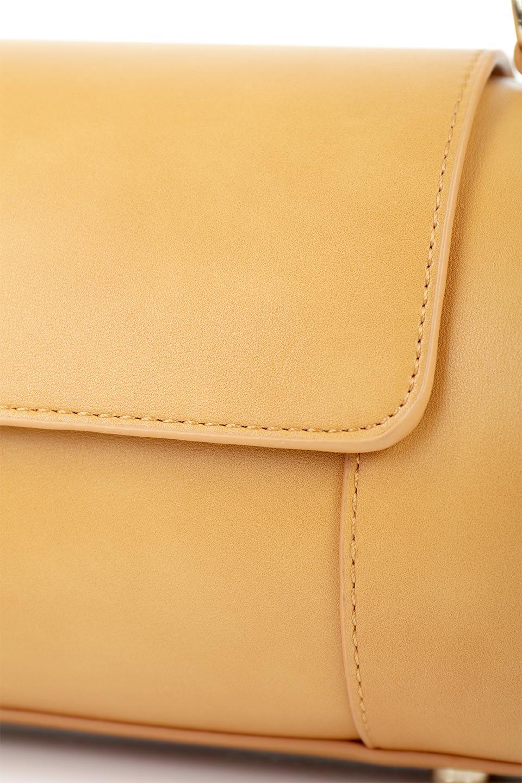 meliebiancoのBrooke(Masterd)ワンハンドル・筒型ミニバッグ/海外ファッション好きにオススメのインポートバッグとかばん、MelieBianco(メリービアンコ)のバッグやハンドバッグ。コロンと可愛い樽型のミニハンドバッグ。芯入りのビーガンレザーなので綺麗な筒状の形は型崩れの心配なし。/main-6