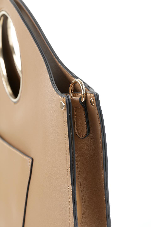 meliebiancoのHeather(Camel)リングハンドル・トートバッグ/海外ファッション好きにオススメのインポートバッグとかばん、MelieBianco(メリービアンコ)のバッグやトートバッグ。なめらかなアーチ状のデザインが可愛いシンプルトートバッグ。無駄を省いたシルエットは上品でエレガントな雰囲気を醸し出しています。/main-6