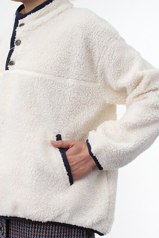 PipingDetailBoaFleeceP.O.パイピング入り・ボアフリース大人カジュアルに最適な海外ファッションのothers(その他インポートアイテム)のトップスやカットソー。今季大人気のたっぷりサイズのボアフリース。難しいことを考えずにさっと羽織ってパッと可愛くなるお気楽アイテムです。/main-23