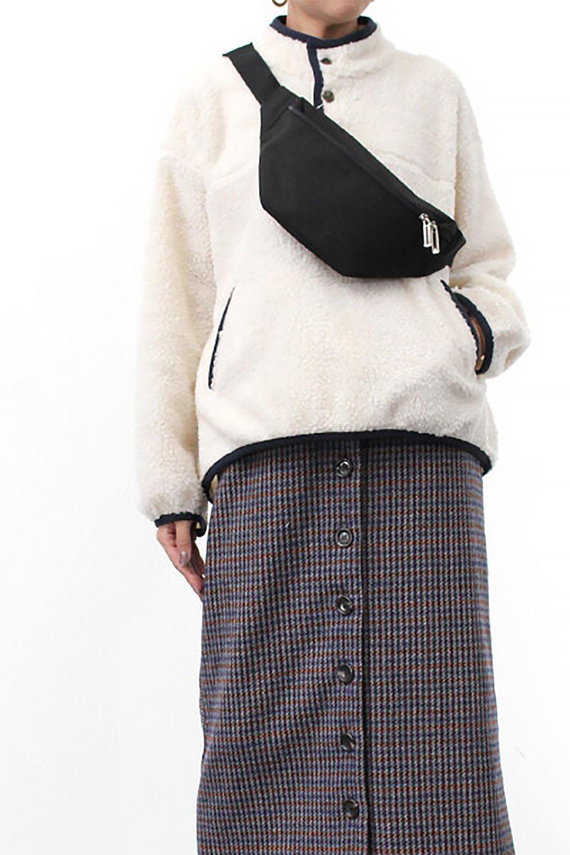 PipingDetailBoaFleeceP.O.パイピング入り・ボアフリース大人カジュアルに最適な海外ファッションのothers(その他インポートアイテム)のトップスやカットソー。今季大人気のたっぷりサイズのボアフリース。難しいことを考えずにさっと羽織ってパッと可愛くなるお気楽アイテムです。/main-25