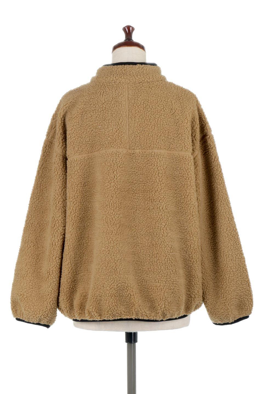 PipingDetailBoaFleeceP.O.パイピング入り・ボアフリース大人カジュアルに最適な海外ファッションのothers(その他インポートアイテム)のトップスやカットソー。今季大人気のたっぷりサイズのボアフリース。難しいことを考えずにさっと羽織ってパッと可愛くなるお気楽アイテムです。/main-9