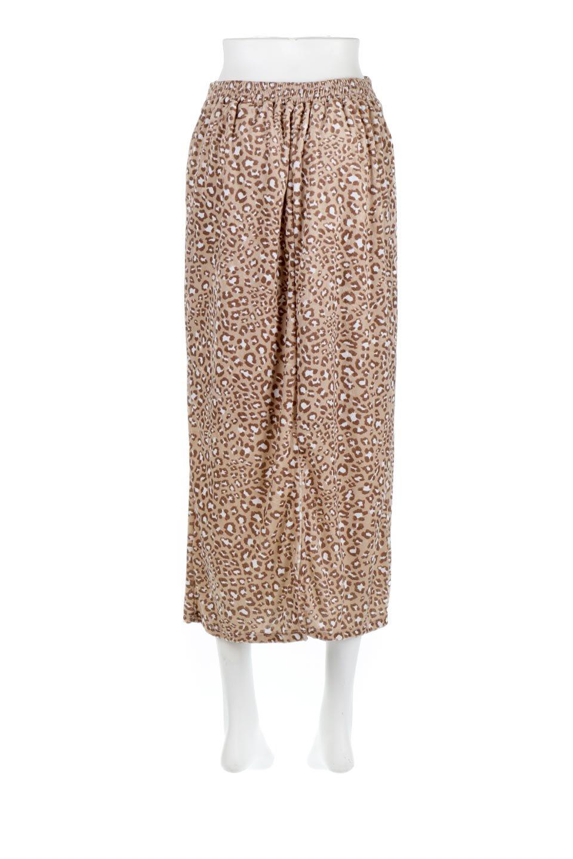 LeopardVelourSemiTightSkirtレオパード柄・ベロアタイトスカート大人カジュアルに最適な海外ファッションのothers(その他インポートアイテム)のボトムやスカート。人気のレオパード柄をベロア生地にプリントしたセミタイトスカート。ブラウン系の色展開でコーディネートのしやすさも抜群なスカートです。/main-9