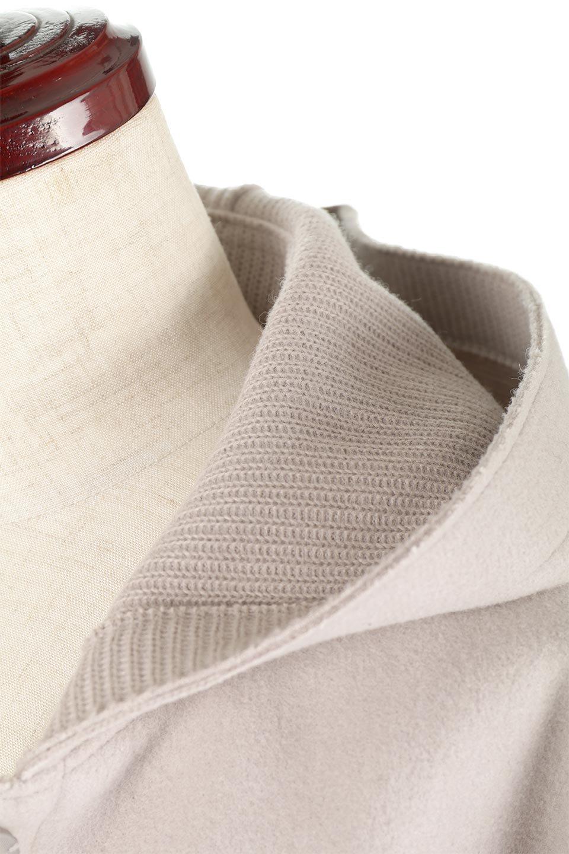 Melton&RibKnitDoubleFacedHoodCoatメルトン&リブニット・ダブルフェイスコート大人カジュアルに最適な海外ファッションのothers(その他インポートアイテム)のアウターやコート。表地メルトン×裏面リブ編みのフード付きウールコート。表地はフェルトのような高密度の綺麗な質感、表地と張り合わせた裏地には伸縮性のあるリブ編みを合わせて優しい雰囲気に見せてくれます。/main-13
