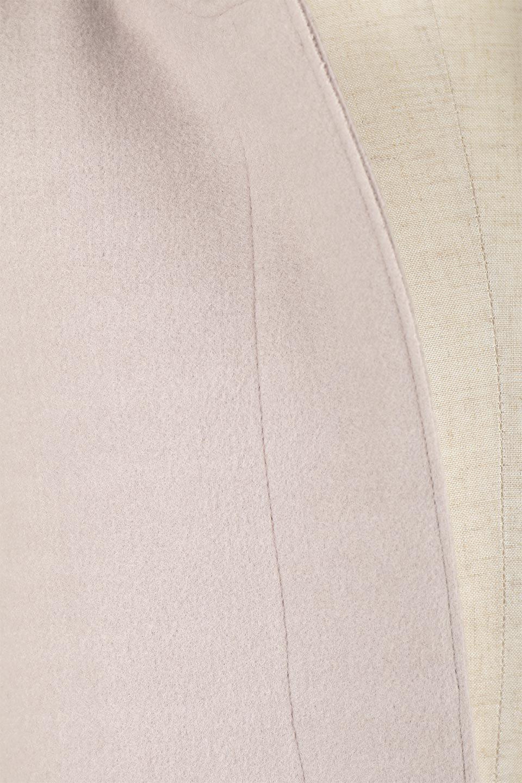 Melton&RibKnitDoubleFacedHoodCoatメルトン&リブニット・ダブルフェイスコート大人カジュアルに最適な海外ファッションのothers(その他インポートアイテム)のアウターやコート。表地メルトン×裏面リブ編みのフード付きウールコート。表地はフェルトのような高密度の綺麗な質感、表地と張り合わせた裏地には伸縮性のあるリブ編みを合わせて優しい雰囲気に見せてくれます。/main-19