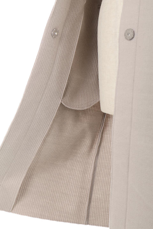 Melton&RibKnitDoubleFacedHoodCoatメルトン&リブニット・ダブルフェイスコート大人カジュアルに最適な海外ファッションのothers(その他インポートアイテム)のアウターやコート。表地メルトン×裏面リブ編みのフード付きウールコート。表地はフェルトのような高密度の綺麗な質感、表地と張り合わせた裏地には伸縮性のあるリブ編みを合わせて優しい雰囲気に見せてくれます。/main-20