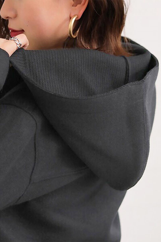 Melton&RibKnitDoubleFacedHoodCoatメルトン&リブニット・ダブルフェイスコート大人カジュアルに最適な海外ファッションのothers(その他インポートアイテム)のアウターやコート。表地メルトン×裏面リブ編みのフード付きウールコート。表地はフェルトのような高密度の綺麗な質感、表地と張り合わせた裏地には伸縮性のあるリブ編みを合わせて優しい雰囲気に見せてくれます。/main-29
