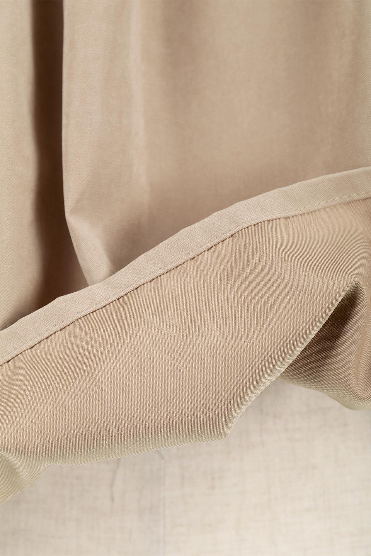 LadderLaceDetailBlouseはしごレースネック・長袖ブラウス大人カジュアルに最適な海外ファッションのothers(その他インポートアイテム)のトップスやシャツ・ブラウス。はしご状のレースでアクセントにしたパフスリーブの長袖ブラウス。たっぷり目の身幅でボディラインを隠してくれ、裾をインしてすっきりと着こなすことも可能です。/main-28