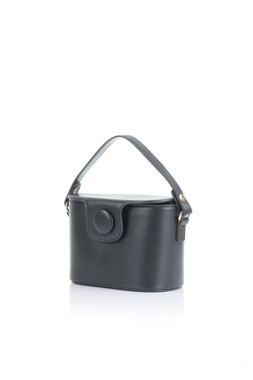 meliebiancoのAdelynn(Black)ワンハンドル・ミニハンドバッグ/海外ファッション好きにオススメのインポートバッグとかばん、MelieBianco(メリービアンコ)のバッグやハンドバッグ。パカッと開くフラップが可愛い2Wayタイプのミニバッグ。どことなくレトロな雰囲気も感じるデザインでコーデの邪魔にならないバッグです。/main-1
