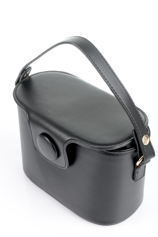 meliebiancoのAdelynn(Black)ワンハンドル・ミニハンドバッグ/海外ファッション好きにオススメのインポートバッグとかばん、MelieBianco(メリービアンコ)のバッグやハンドバッグ。パカッと開くフラップが可愛い2Wayタイプのミニバッグ。どことなくレトロな雰囲気も感じるデザインでコーデの邪魔にならないバッグです。/main-9