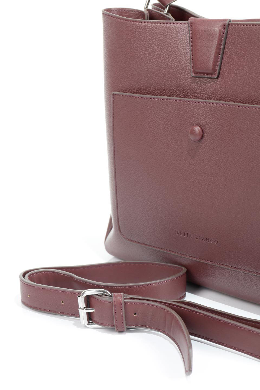 meliebiancoのMaya(Merlot)ワンハンドル・ハンドバッグ/海外ファッション好きにオススメのインポートバッグとかばん、MelieBianco(メリービアンコ)のバッグやハンドバッグ。シンプルな見た目に便利な収納のワンハンドル・ハンドバッグ。オフィスカジュアルのバッグとしてもおすすめなアイテムです。/main-14