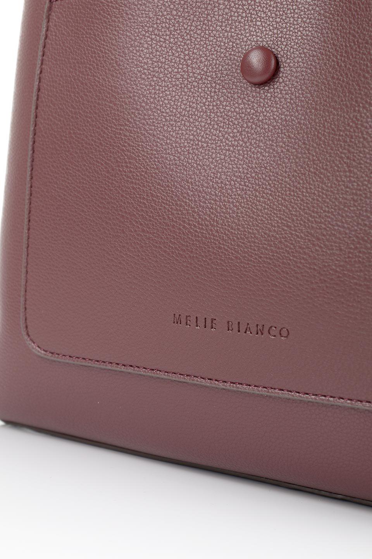meliebiancoのMaya(Merlot)ワンハンドル・ハンドバッグ/海外ファッション好きにオススメのインポートバッグとかばん、MelieBianco(メリービアンコ)のバッグやハンドバッグ。シンプルな見た目に便利な収納のワンハンドル・ハンドバッグ。オフィスカジュアルのバッグとしてもおすすめなアイテムです。/main-8