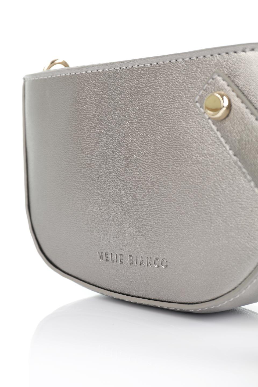meliebiancoのRenee(Pewter)2Way・ショルダーバッグ/海外ファッション好きにオススメのインポートバッグとかばん、MelieBianco(メリービアンコ)のバッグやクラッチバッグ。デザインのアクセントにもなっているハンドストラップ付のミニクラッチバッグ。電子決済はフル活用、スマホとミニ財布で事足りる方に人気の小型のバッグです。/main-6