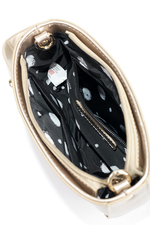 meliebiancoのRenee(Gold)2Way・ショルダーバッグ/海外ファッション好きにオススメのインポートバッグとかばん、MelieBianco(メリービアンコ)のバッグやクラッチバッグ。デザインのアクセントにもなっているハンドストラップ付のミニクラッチバッグ。電子決済はフル活用、スマホとミニ財布で事足りる方に人気の小型のバッグです。/main-10