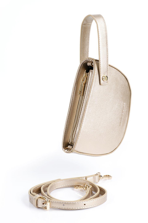 meliebiancoのRenee(Gold)2Way・ショルダーバッグ/海外ファッション好きにオススメのインポートバッグとかばん、MelieBianco(メリービアンコ)のバッグやクラッチバッグ。デザインのアクセントにもなっているハンドストラップ付のミニクラッチバッグ。電子決済はフル活用、スマホとミニ財布で事足りる方に人気の小型のバッグです。/main-14