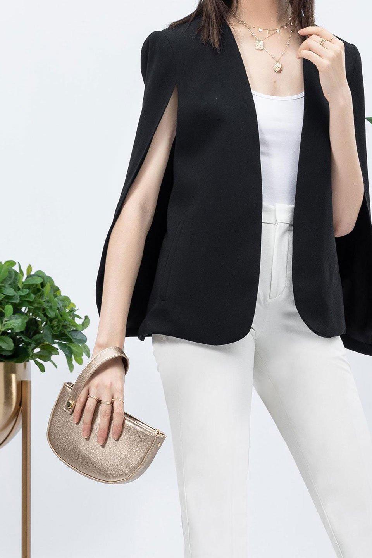 meliebiancoのRenee(Gold)2Way・ショルダーバッグ/海外ファッション好きにオススメのインポートバッグとかばん、MelieBianco(メリービアンコ)のバッグやクラッチバッグ。デザインのアクセントにもなっているハンドストラップ付のミニクラッチバッグ。電子決済はフル活用、スマホとミニ財布で事足りる方に人気の小型のバッグです。/main-17