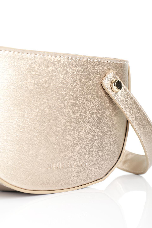 meliebiancoのRenee(Gold)2Way・ショルダーバッグ/海外ファッション好きにオススメのインポートバッグとかばん、MelieBianco(メリービアンコ)のバッグやクラッチバッグ。デザインのアクセントにもなっているハンドストラップ付のミニクラッチバッグ。電子決済はフル活用、スマホとミニ財布で事足りる方に人気の小型のバッグです。/main-6
