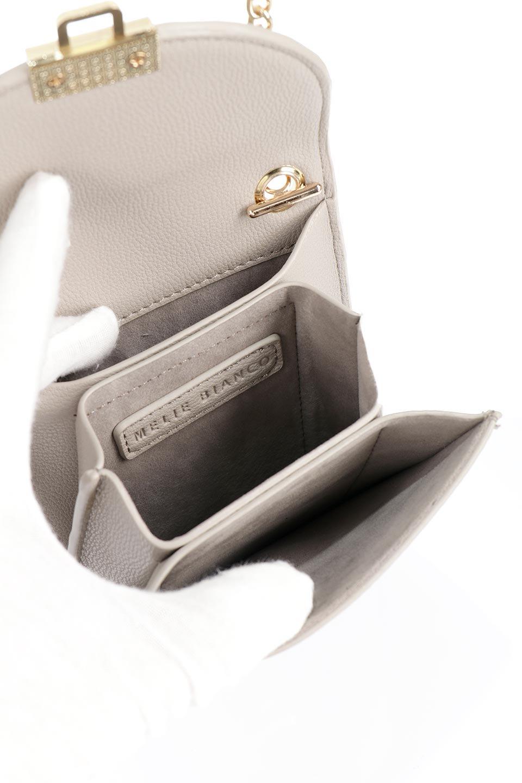 meliebiancoのNina(Taupe)スリムポケット・ショルダーバッグ/海外ファッション好きにオススメのインポートバッグとかばん、MelieBianco(メリービアンコ)のバッグやハンドバッグ。スリムなシルエットのミニショルダーバッグ。アコーディオンタイプのポケットなので、スリムでありながら見た目以上の収納力があるポーチです。/main-13