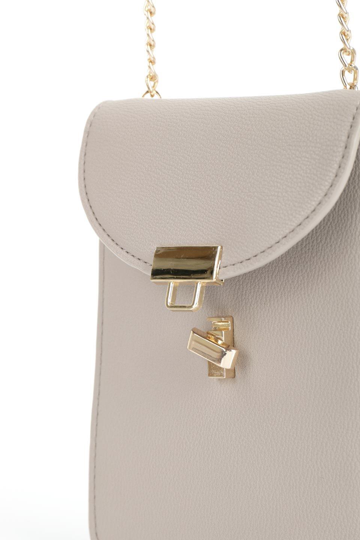 meliebiancoのNina(Taupe)スリムポケット・ショルダーバッグ/海外ファッション好きにオススメのインポートバッグとかばん、MelieBianco(メリービアンコ)のバッグやハンドバッグ。スリムなシルエットのミニショルダーバッグ。アコーディオンタイプのポケットなので、スリムでありながら見た目以上の収納力があるポーチです。/main-6