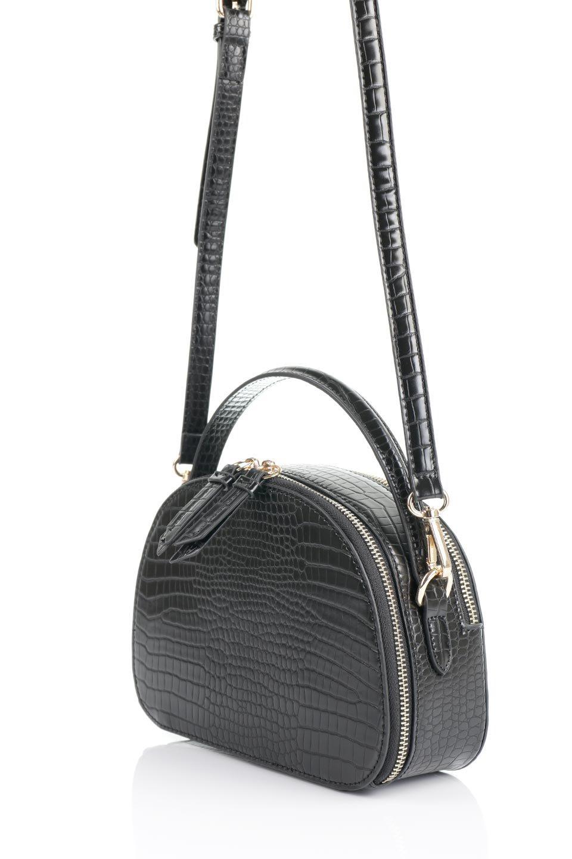 meliebiancoのCalvin(Black)型押しクロコダイル・ワンハンドルバッグ/海外ファッション好きにオススメのインポートバッグとかばん、MelieBianco(メリービアンコ)のバッグやハンドバッグ。上品な光沢を帯びたクロコダイルの型押しが素敵なミニハンドバッグ。芯入りのハンドルはしっくりと手になじむような質感。/main-16