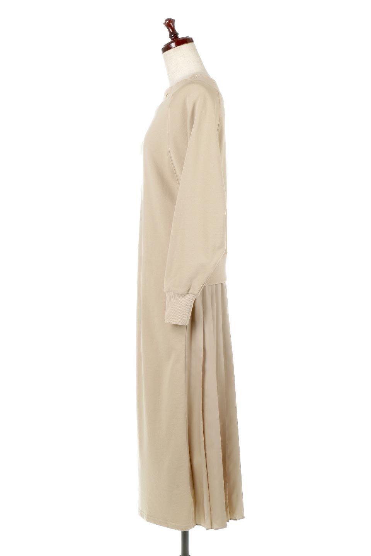 BackPleatedLongDressバックプリーツ・長袖マキシワンピース大人カジュアルに最適な海外ファッションのothers(その他インポートアイテム)のワンピースやマキシワンピース。プリーツの切り替えがとても可愛い長袖のマキシワンピース。ドルマンスリーブのゆったり感と細身のシルエットでスラっと見える大人気ワンピ。/main-2