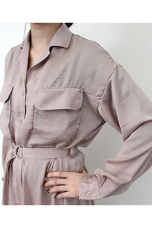 SatinLongShirtsDressビンテージサテン・ロングシャツワンピース大人カジュアルに最適な海外ファッションのothers(その他インポートアイテム)のワンピースやマキシワンピース。大き目の胸ポケットが可愛いサテン生地のロングシャツワンピース。テロテロのサテン生地が春っぽい印象で、フルオープンにしたりウエストのベルトなどで様々な着回しが楽しめます。/main-28